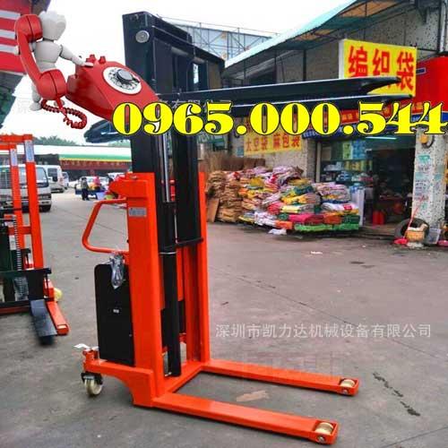 Xe nâng bán tự động 1.5 tấn 2m