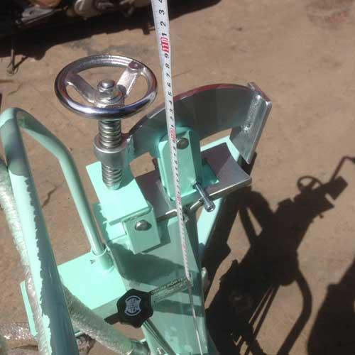 Xe nâng di chuyển phuy DL250 OPK
