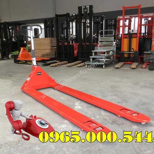 Xe nâng tay 5 tấn càng dài 1.8m
